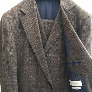 68b4279ef Other - Suitsupply suits, 40r and other sizes available